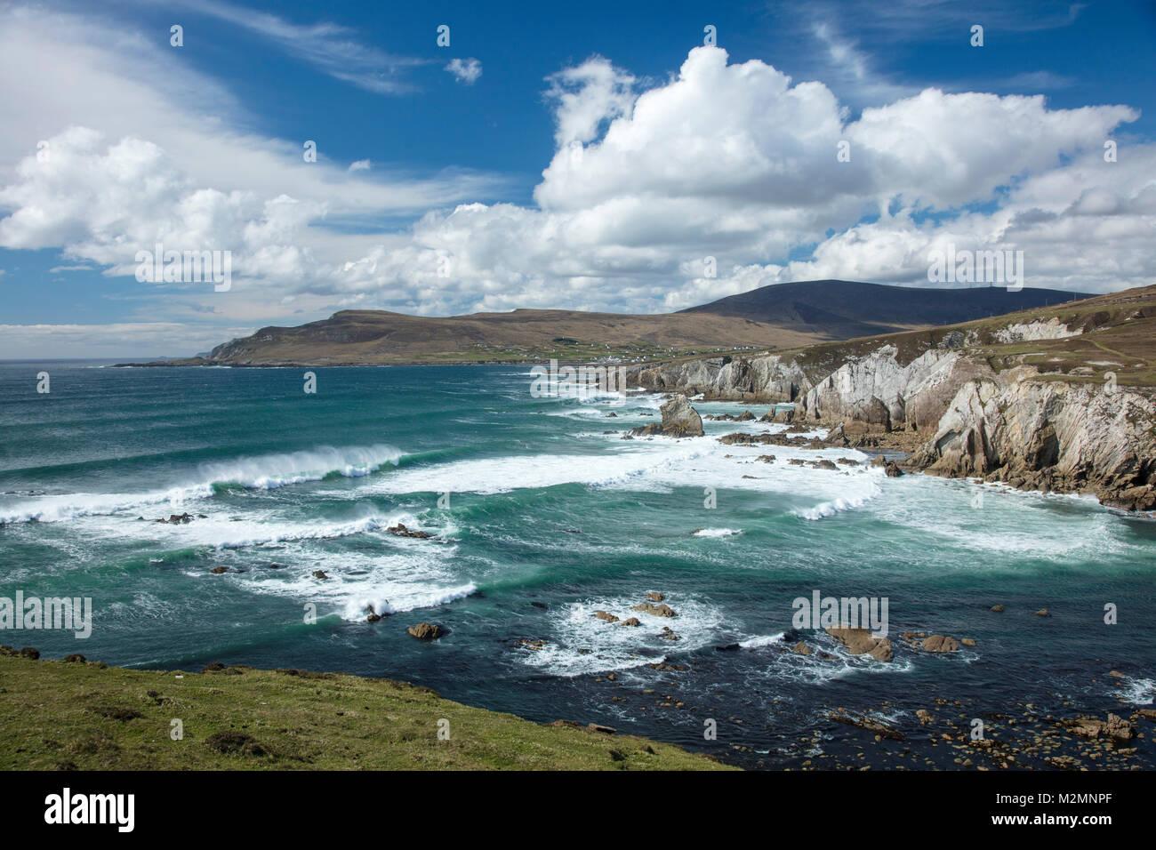 View across Ashleam Bay, Achill Island, County Mayo, Ireland. - Stock Image