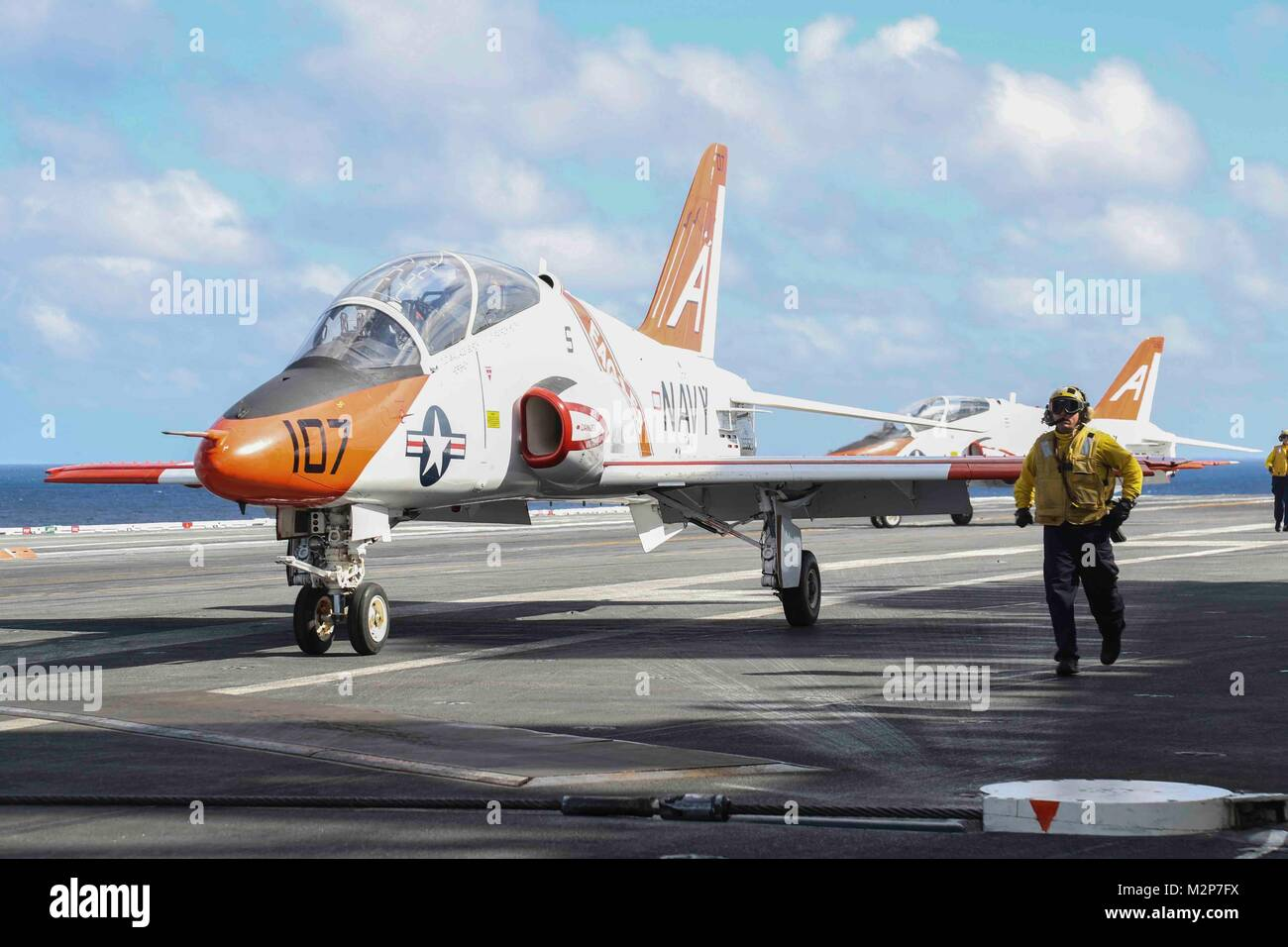 180204-N-FQ836-008 ATLANTIC OCEAN (Feb. 4, 2018) T-45C Goshawks assigned to Commander, Naval Air Training Detachment - Stock Image