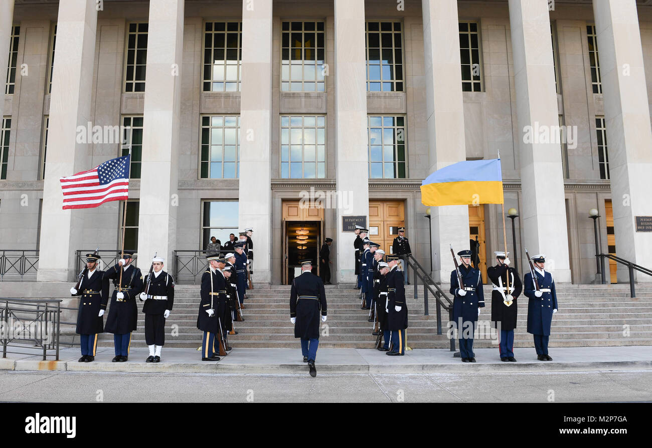 Members with the Joint Armed Forces Honor Guard participate in an Armed Forces Cordon ceremony hosted by U.S. Secretary Stock Photo