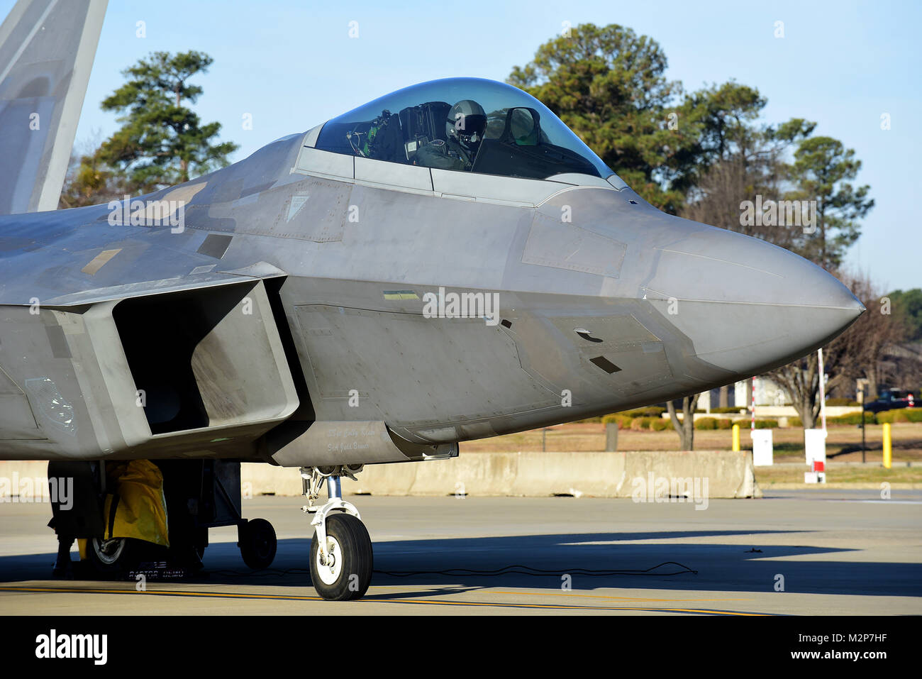 An F-22 Raptor from the Air Combat Command F-22