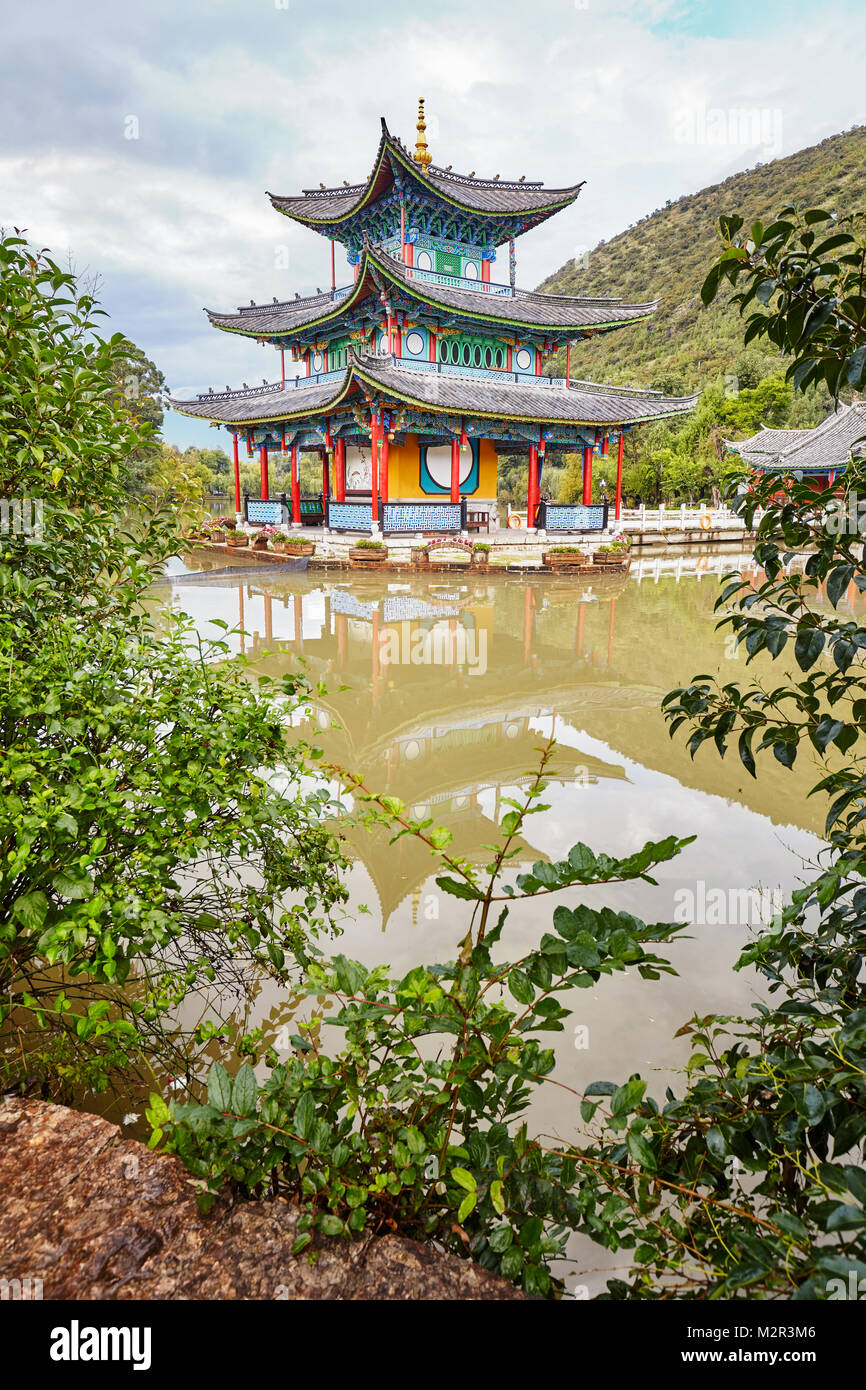 Temple in the Jade Spring Park in Lijiang, China. - Stock Image