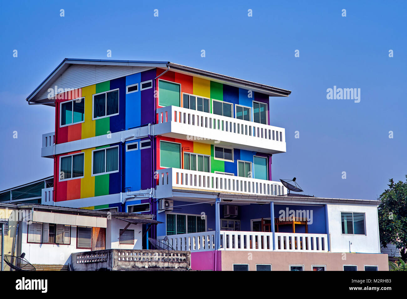 multi-coloured building. Colourful building. Thailand Southeast Asia - Stock Image