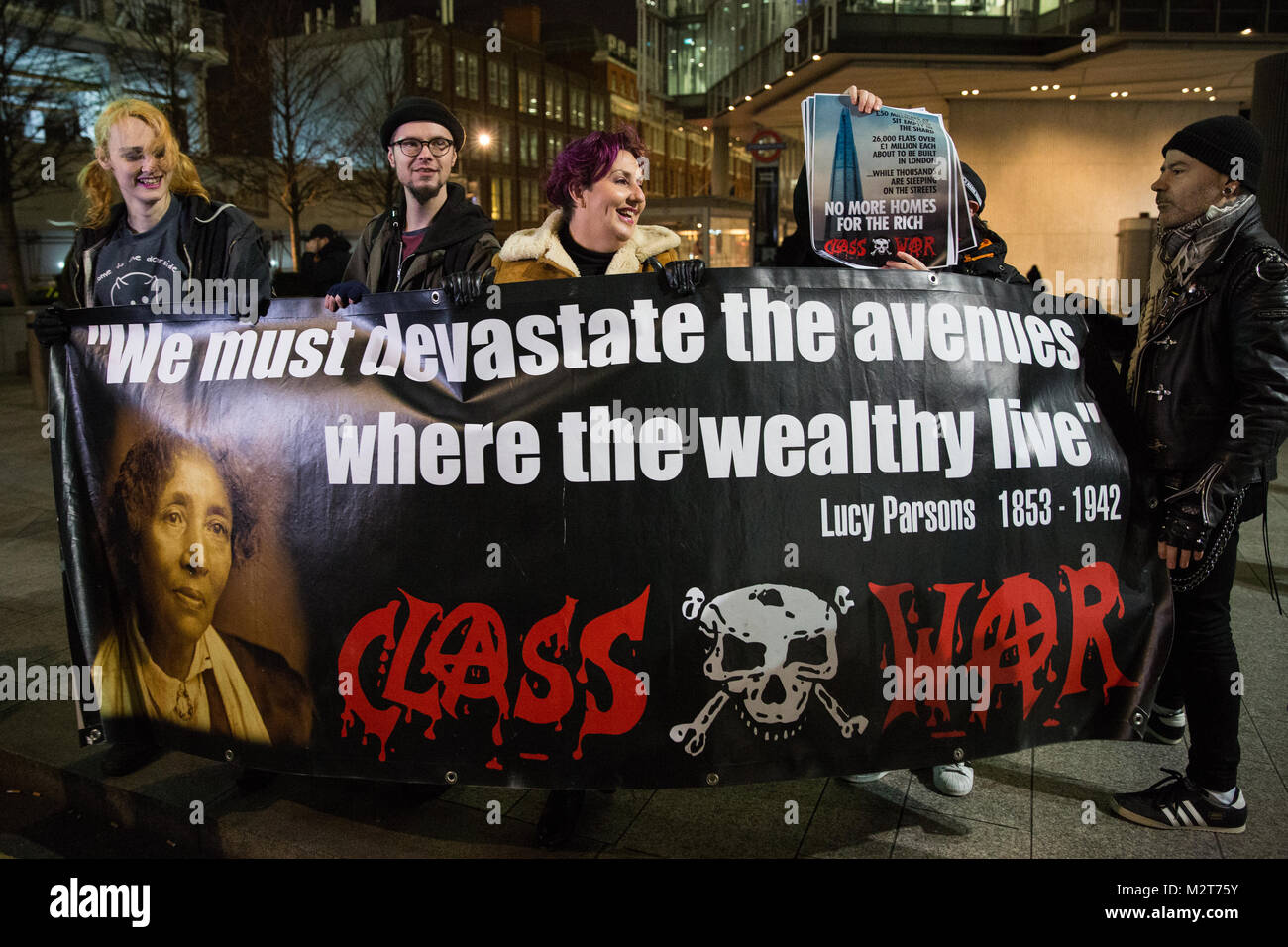 London, UK. 8th February, 2018. Lisa Mckenzie and other Class War activists commence a weekly protest outside the - Stock Image