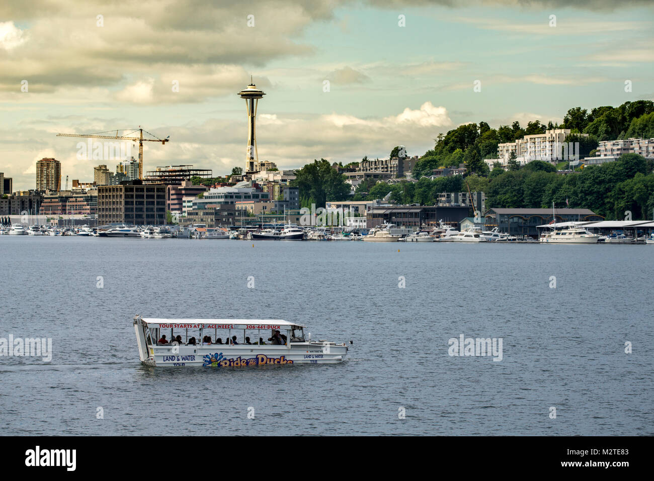 Duck tour on Lake Union with Space Needle - Stock Image