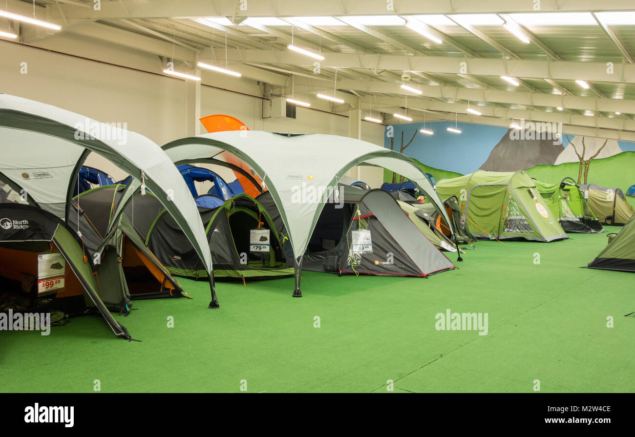 huge selection of 40368 98675 Camping Store Tent Stock Photos & Camping Store Tent Stock ...