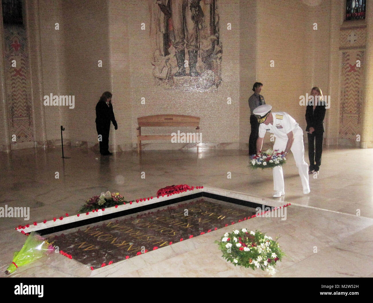 Adm. Mark Ferguson lays a wreath at the Tomb of the Unknown Soldier ...