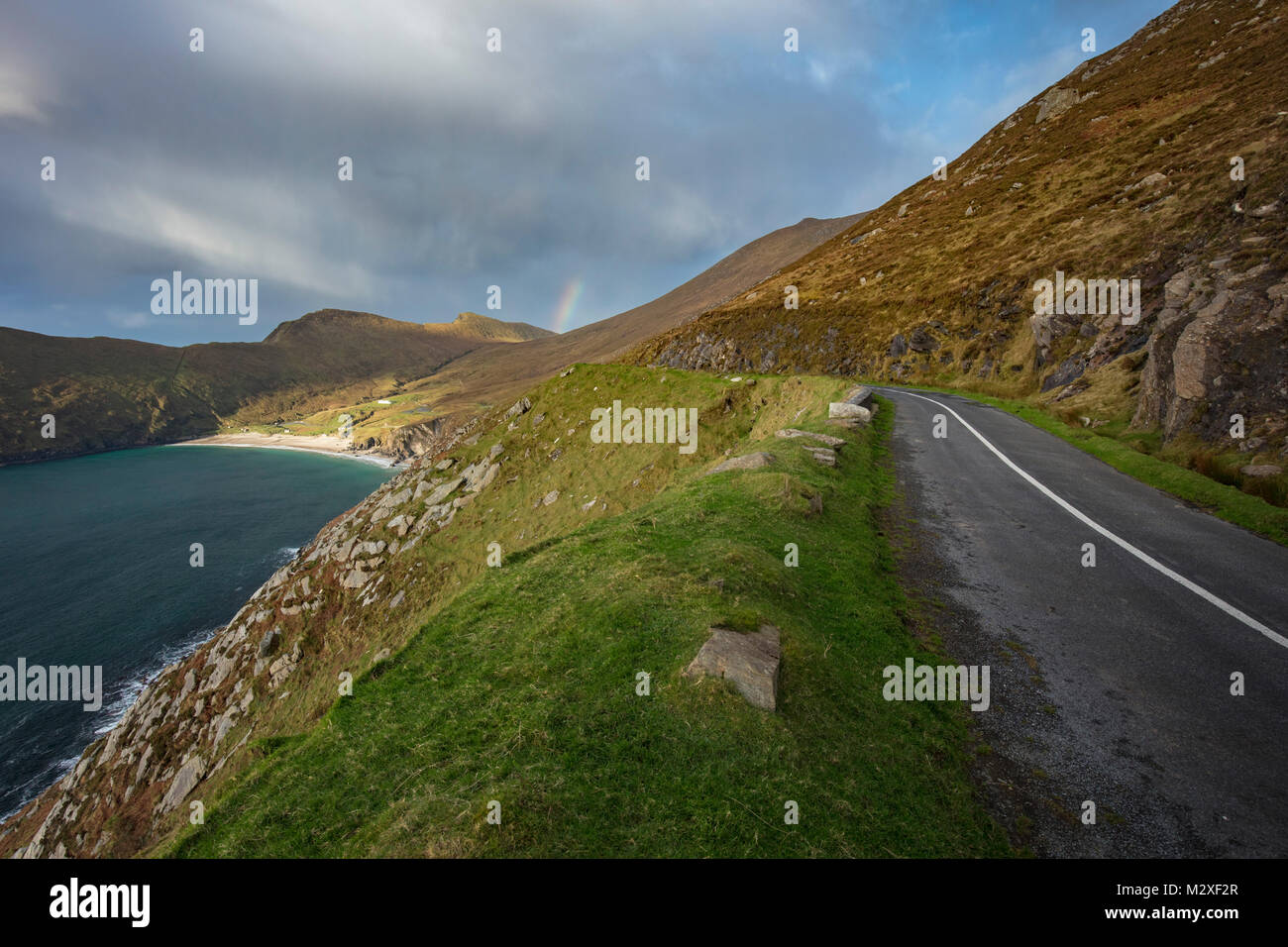 The road to Keem Bay on the Wild Atlantic Way, Achill Island, County Mayo, Ireland. - Stock Image