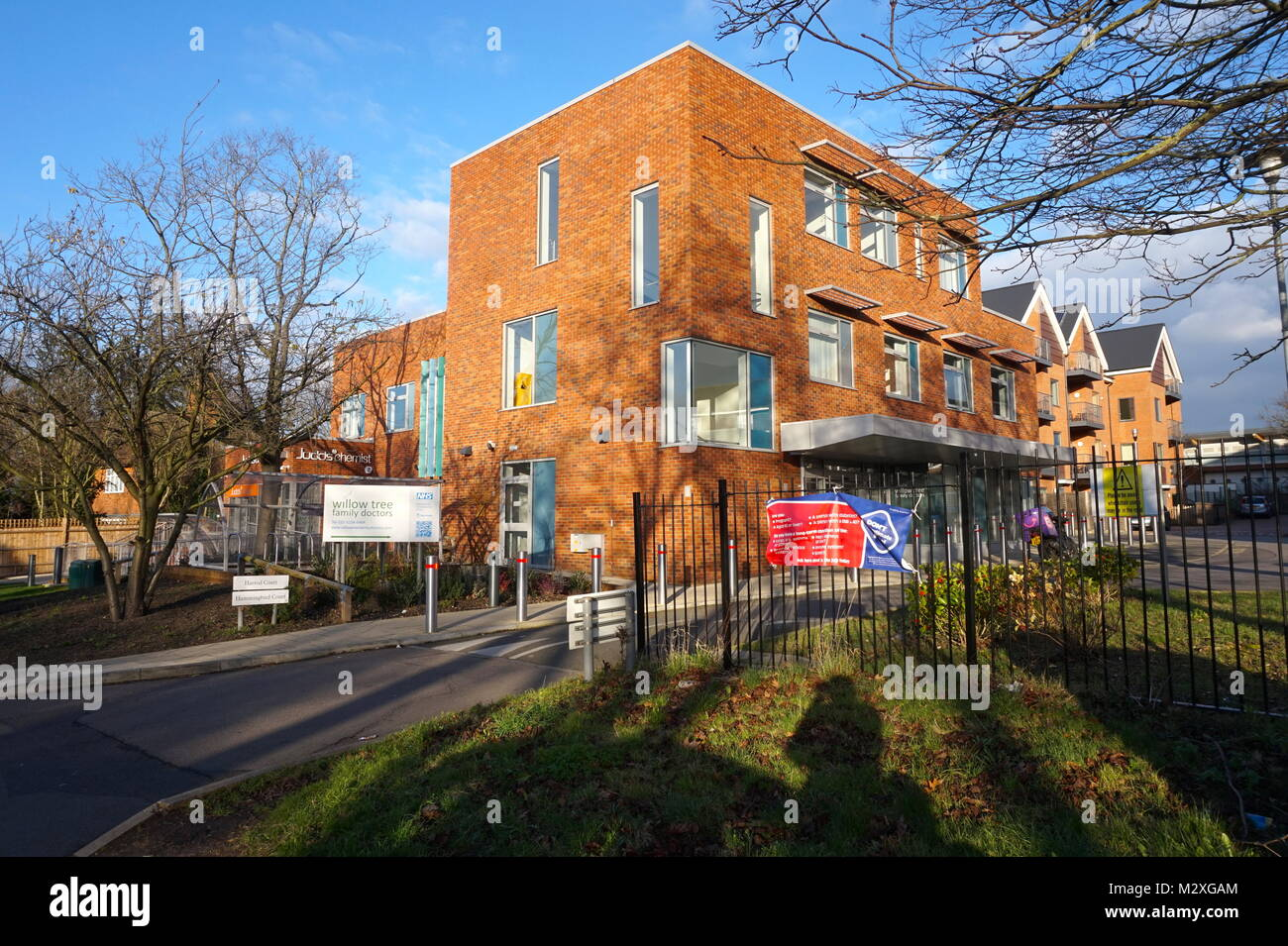 Willow Tree Family Doctors In Stag Lane London Stock Photo Alamy