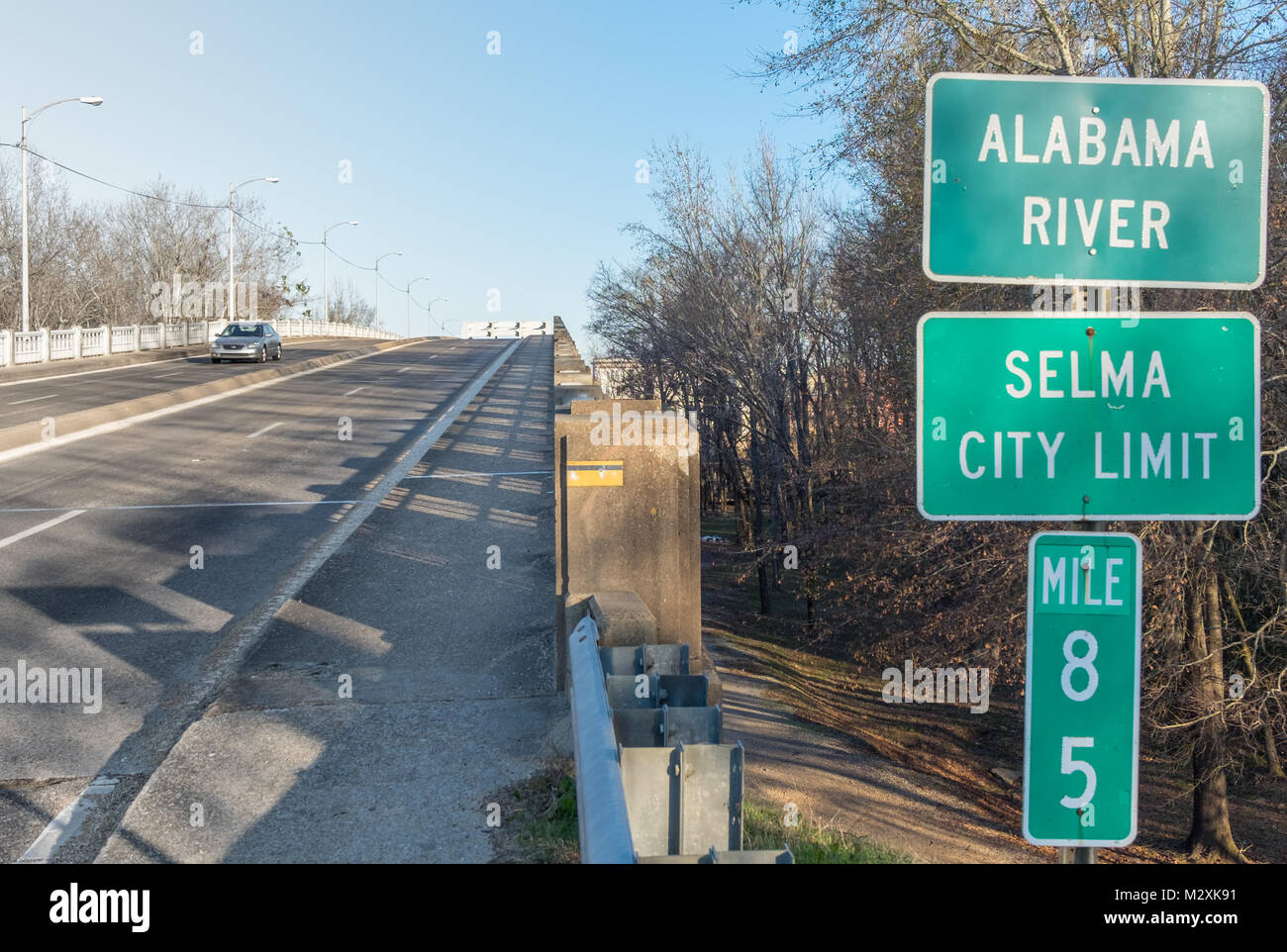 Highway sign for Selma city limits - Stock Image