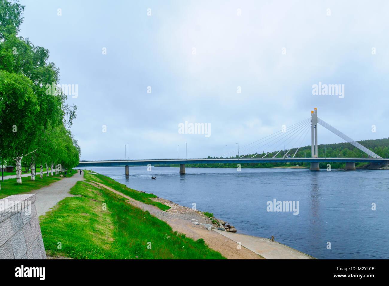 View of the Lumberjacks Candle Bridge and the Kemijoki River in Rovaniemi, Lapland, Finland Stock Photo