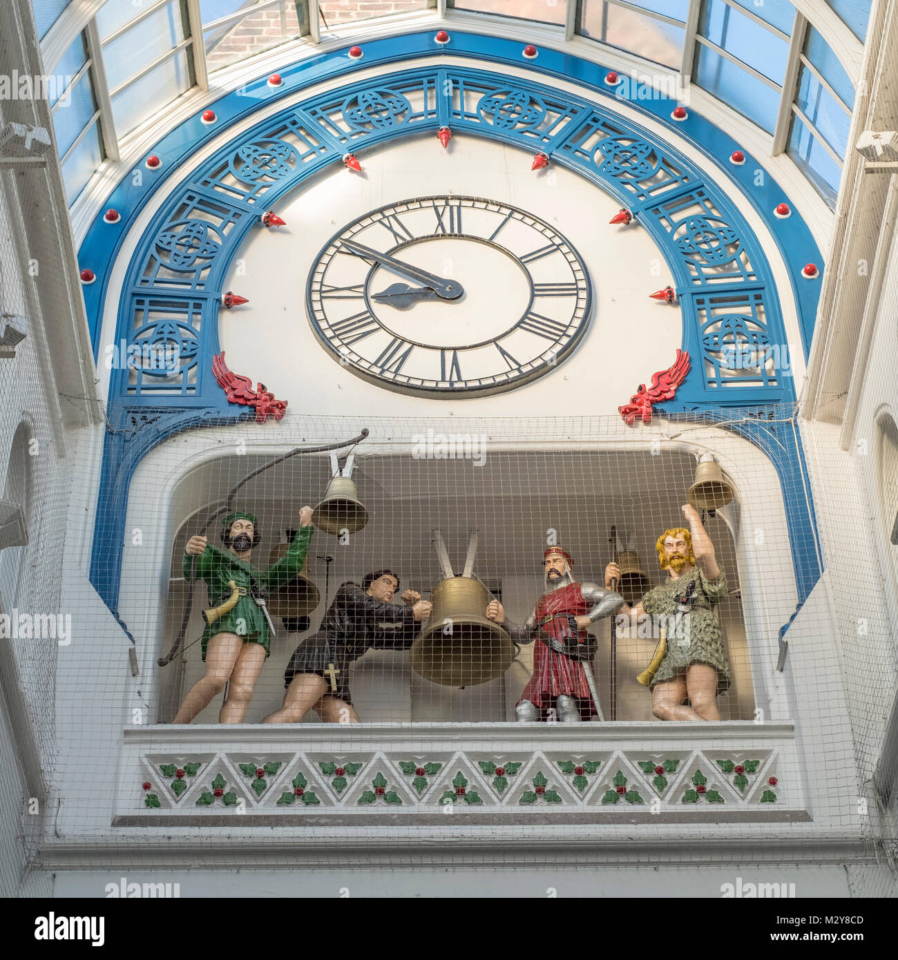 Clock and Chiming bells in Thorntons Arcade, Leeds. - Stock Image