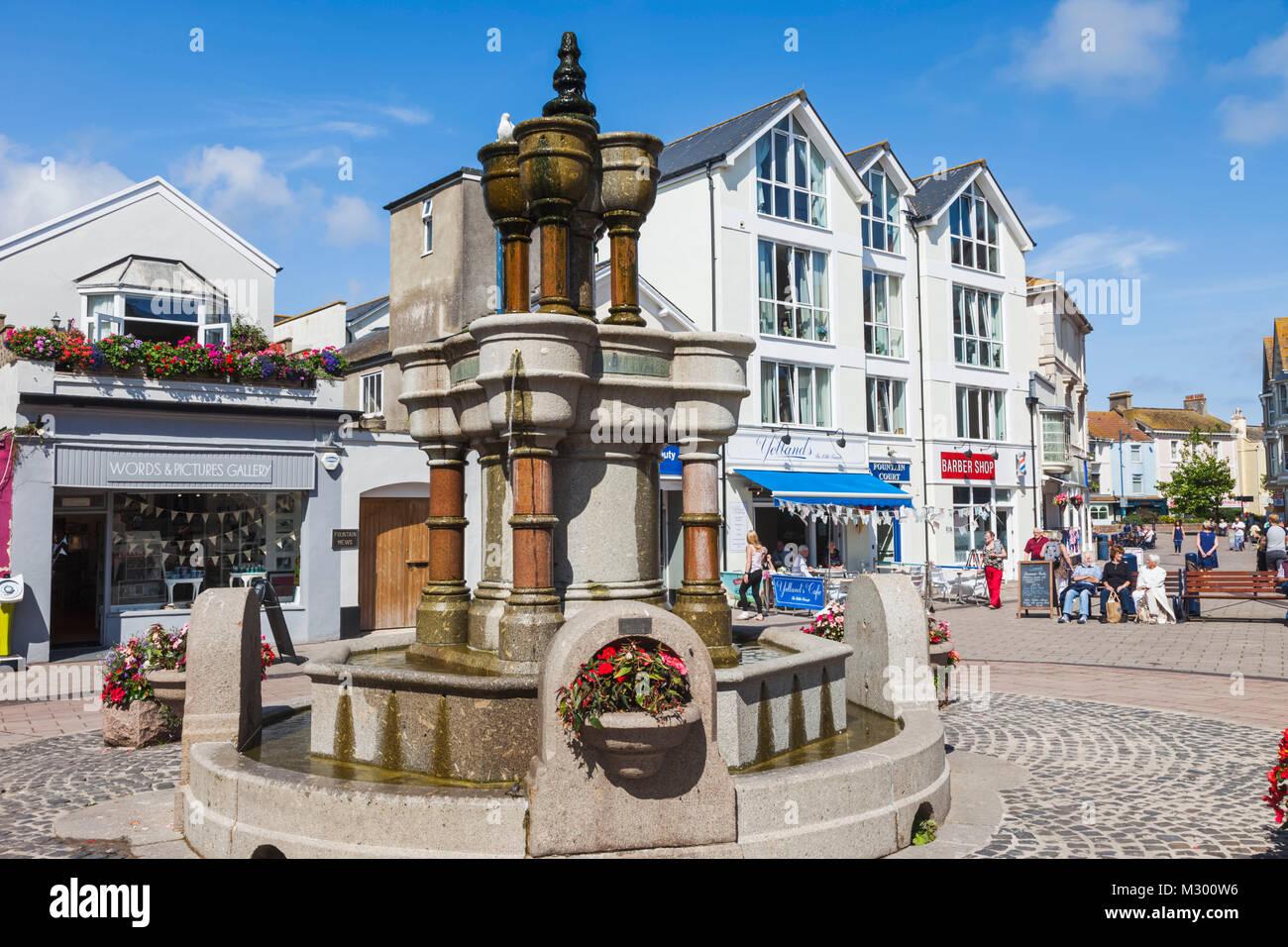 England, Devon, Teignmouth, Teignmouth Triangles Fountain - Stock Image