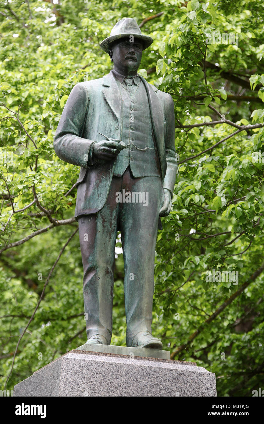 Statue of James Chester Manifold in Camperdown Stock Photo