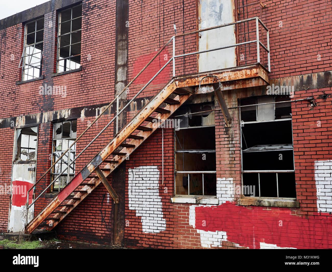 Run Down Urban Decay Stock Photos & Run Down Urban Decay