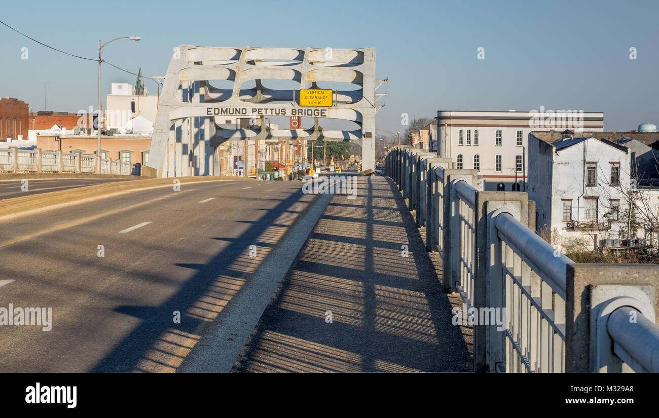 Edmund Pettus Bridge, the site of the Bloody Sunday march in Selma Alabama on March 7, 1965 - Stock Image