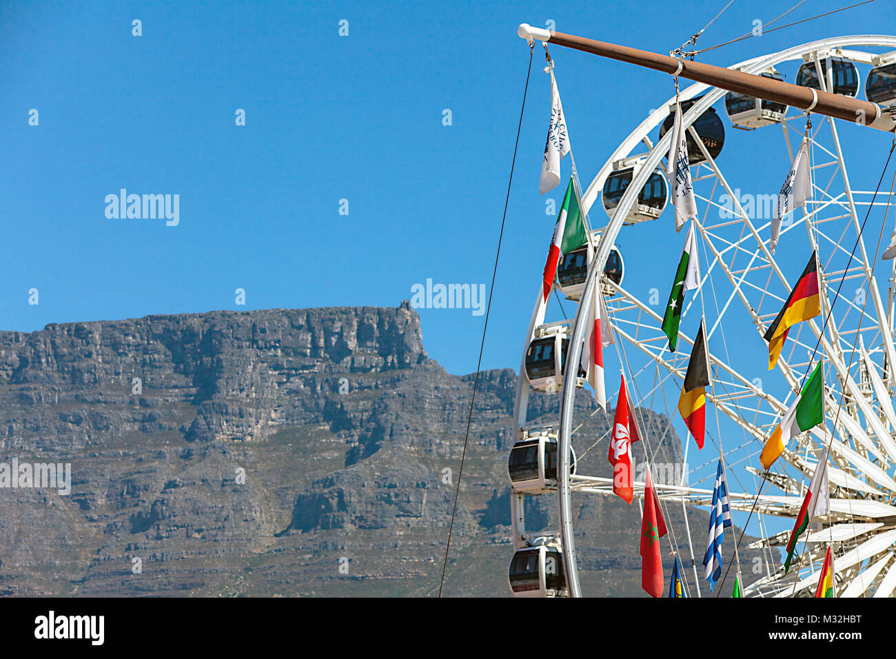 On the waterfront in Cape Town overlooking Table Mountain Stock Photo