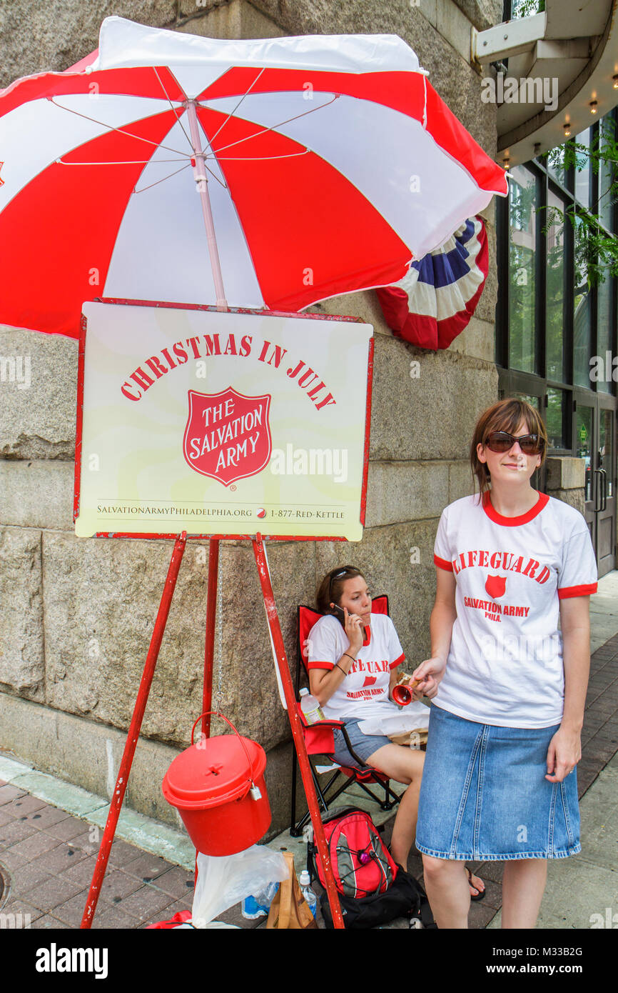Philadelphia Pennsylvania Salvation Army evangelical movement ministry donations volunteer charity red kettle bell - Stock Image
