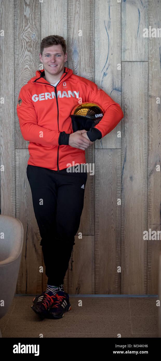 Pyeongchang, South Korea. 9th Feb, 2018. Pyeongchang, South Korea. 7th Feb, 2018. German skier Thomas Dressen presents Stock Photo