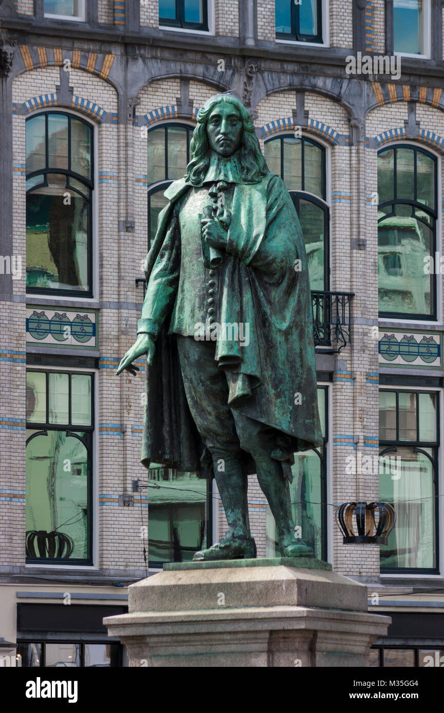 Memorial of Dutch politician Johan de Witt in The Hague's historical city center, Netherlands. Created by Fré - Stock Image