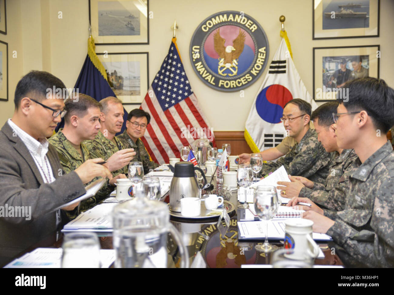 9th Strategic Dialogue brings together naval leaders of U.S., Republic of Korea by #PACOM - Stock Image