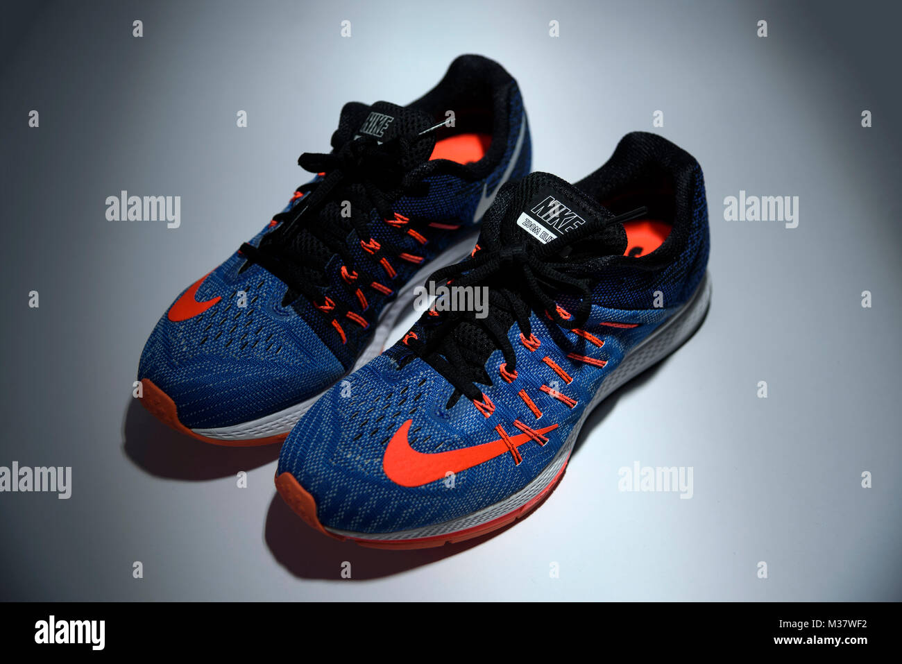 cheap for discount b45ee 3ae35 Orange Shoes Stock Photos & Orange Shoes Stock Images - Alamy