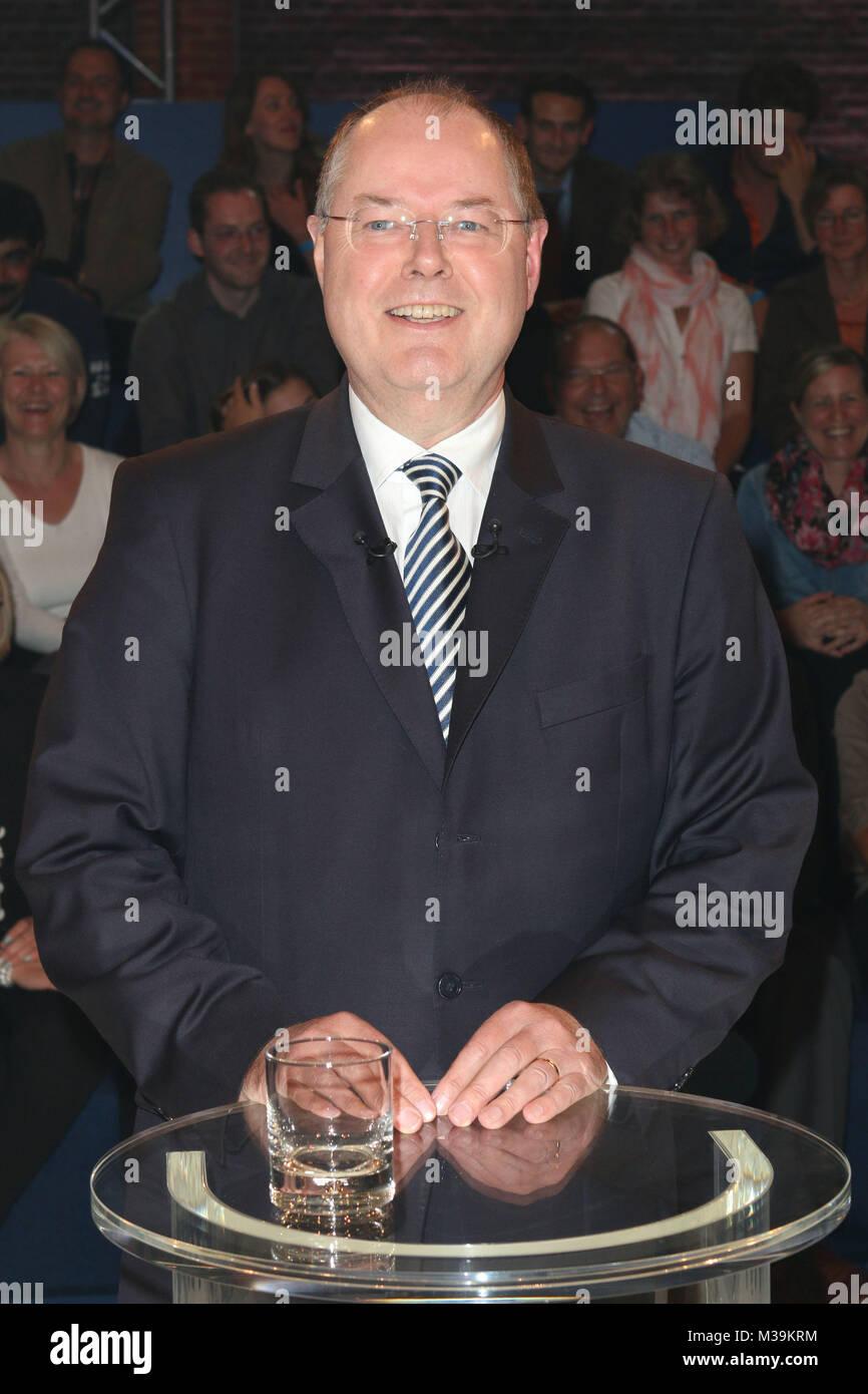Peer Steinbrueck,Wahlarena, Kunstwerk, Moenchengladbach, 11.09.2013 - Stock Image