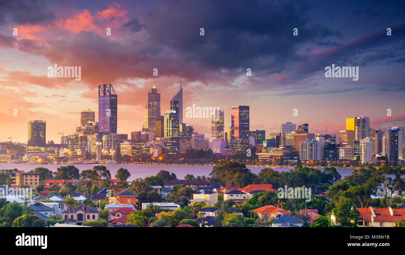 Perth. Panoramic aerial cityscape image of Perth skyline, Australia during dramatic sunset. - Stock Image