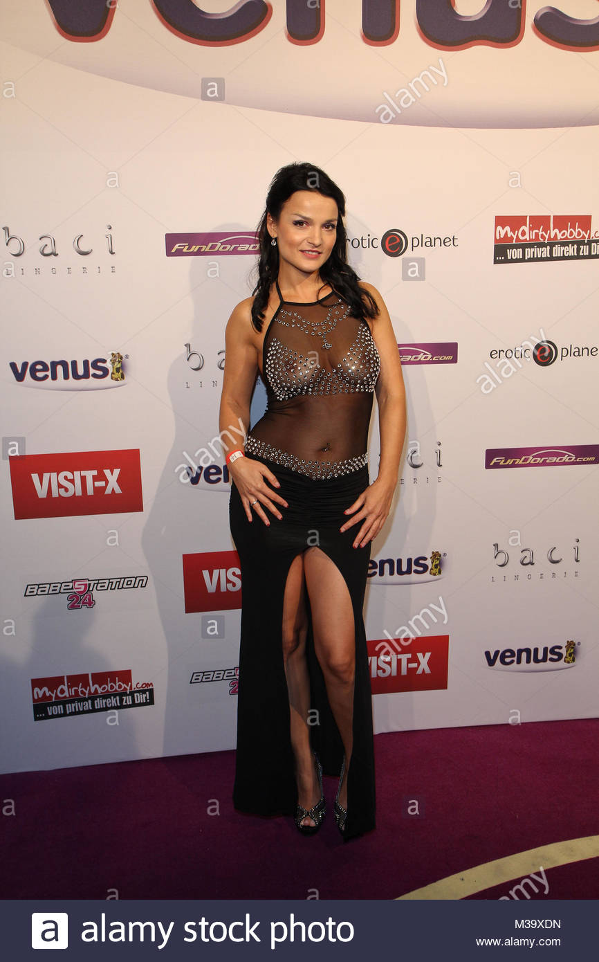 Maria Mia Nude Photos 97