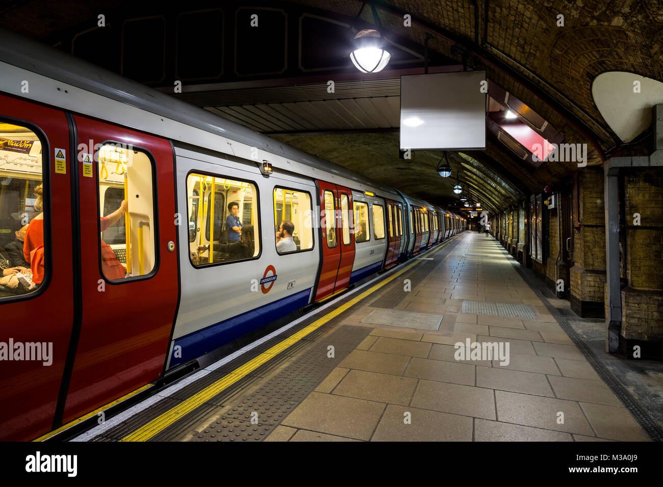 Underground (Tube) train car, Baker Street Underground Station, London, England, United Kingdom - Stock Image