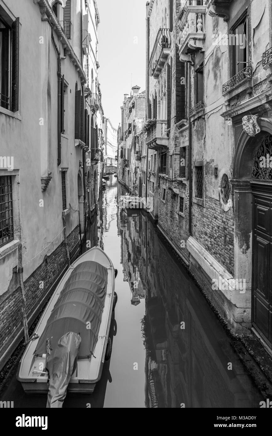 Classical picture of the venetian canals - Stock Image