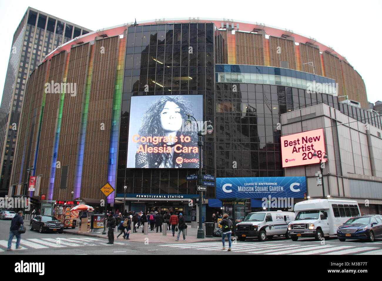 New York City, USA. 9th Feb, 2018. Famous multi-purpose venue Madison Square Garden towers over Penn Station in Stock Photo