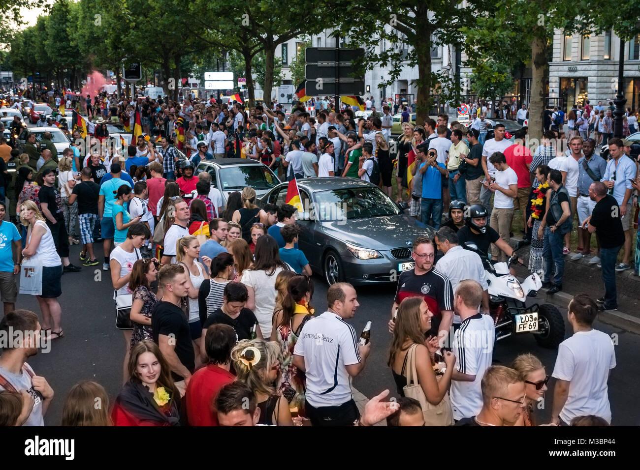 Autokorso Zum Einzug Der Deutschen National Mannschaft Ins