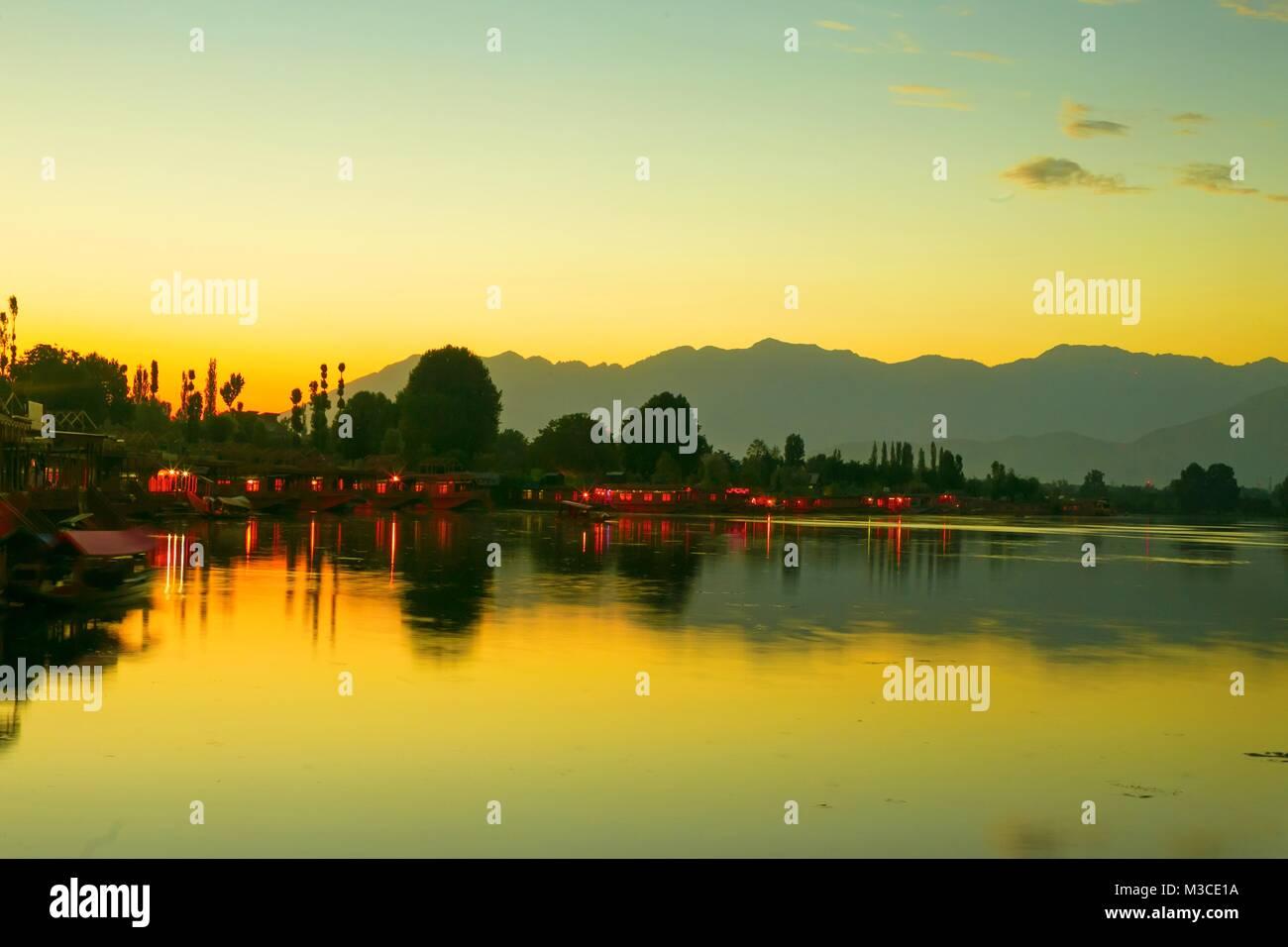 Sunrise on Dal lake, Kashmir India - Stock Image