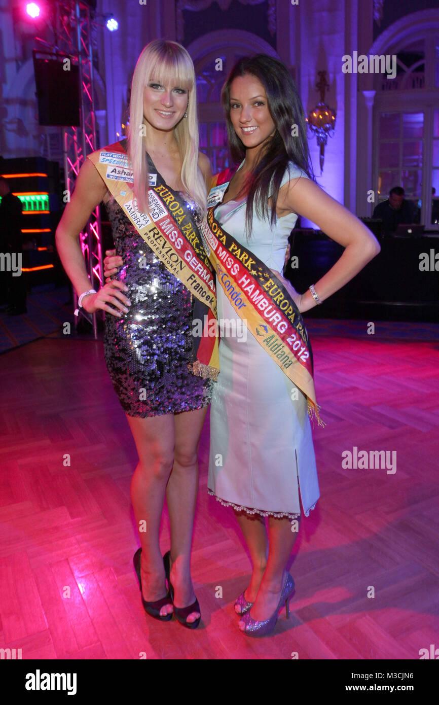 Miss Germany 2012 Anne Kathrin Kosch und Miss Hamburg 2012 Viviana Bertran Velez, Movie meets Media im Atlantic - Stock Image