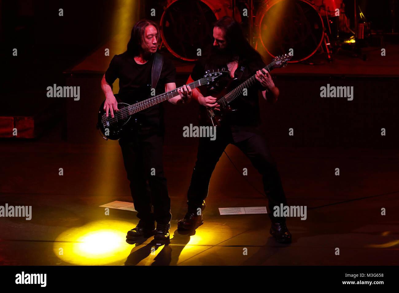 DREAM THEATER, John Myung, John Petrucci, vlnr., Progressive Metal, Band, USA, presents THE ASTONISHING, Konzert, - Stock Image