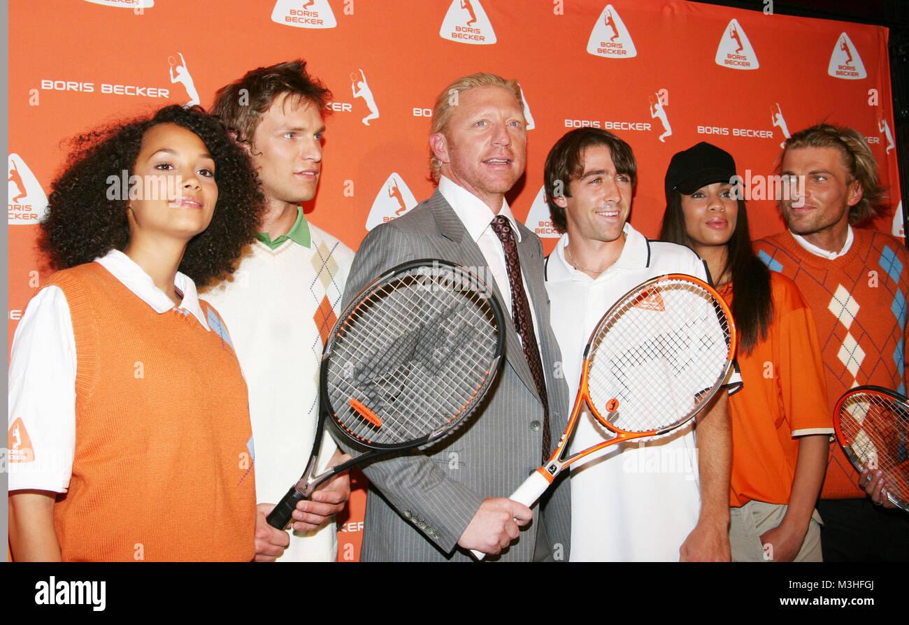 fc55827f4714 Boris Becker und Modells bei der Pressekonferenz von seiner neuen Tennis  Kollektion im Au Quai Bar