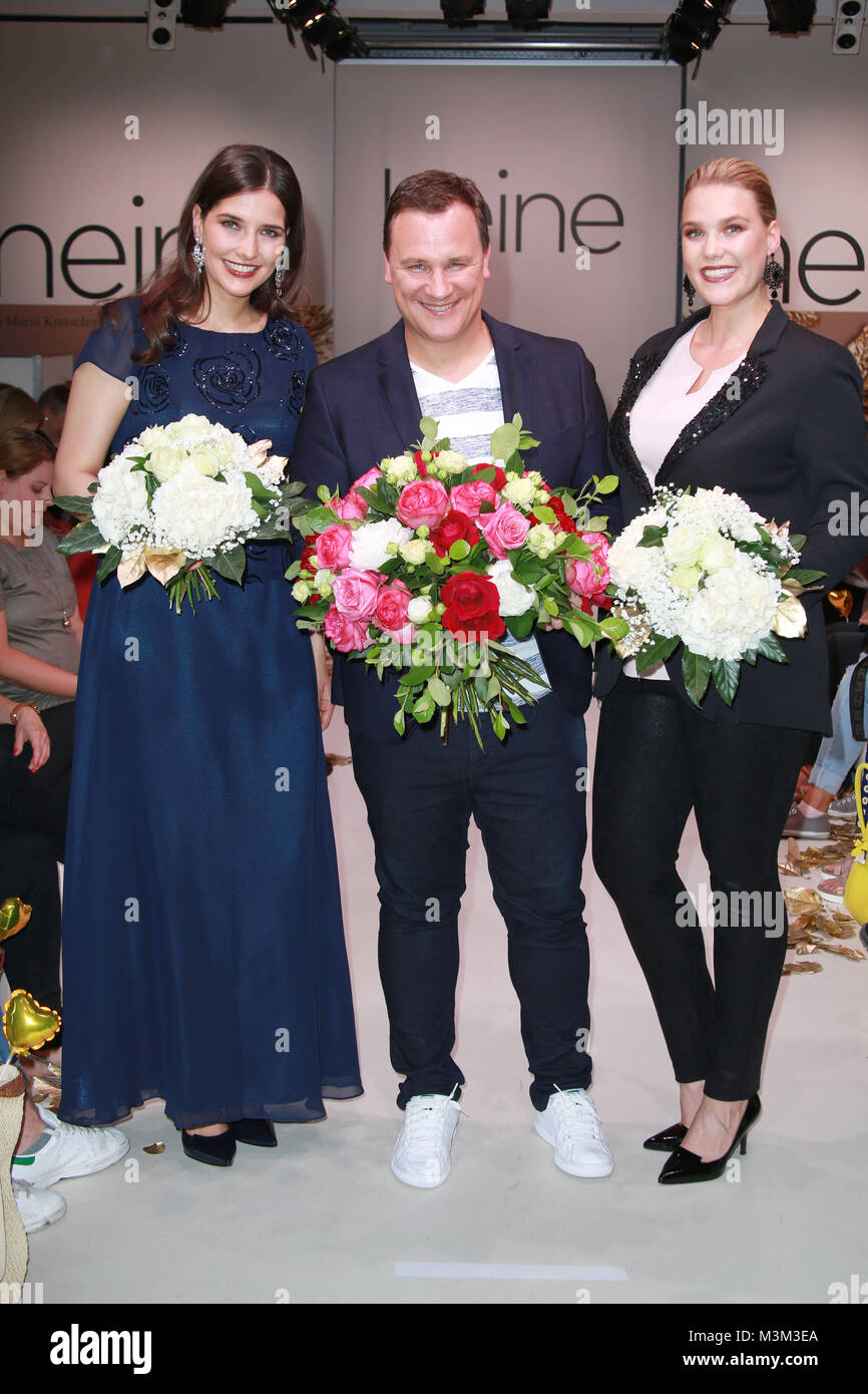 online store 908b9 f002f Guido Maria Kretschmer, Justine Cuelenaere (Plus Size Model ...