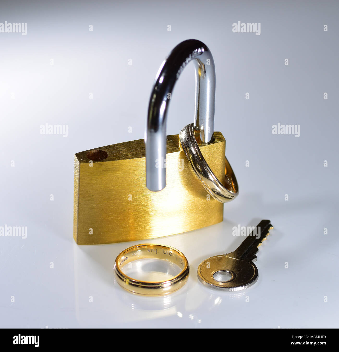 image displaying view wedding gallery illustration rings attachment awesome broken full elegant isolated gold of stock