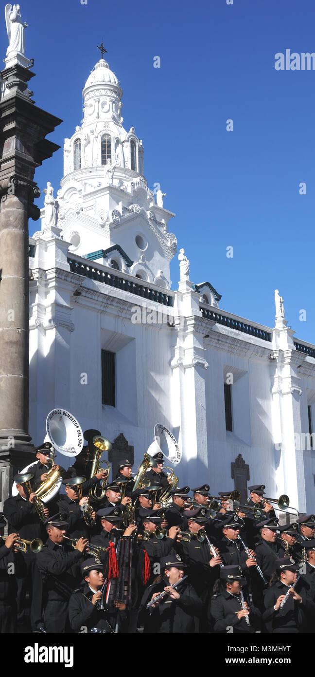 Banda del Cuerpo de Bomberos del DMQ,  Band of the Quito Fire Department, with the motto 'Abnegacion y disciplina' - Stock Image