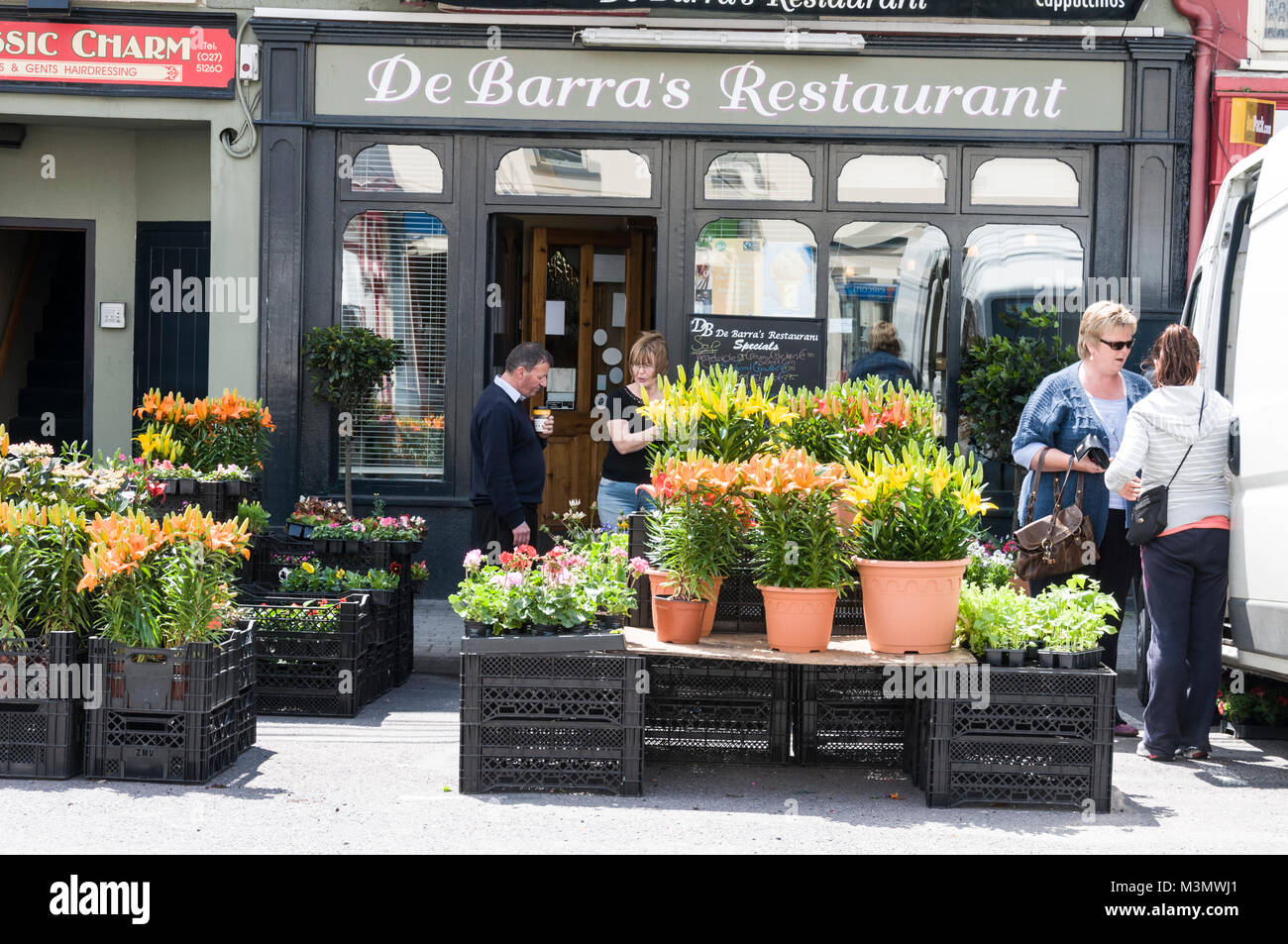 A florist market stall in Bantry, Southern Ireland - Stock Image