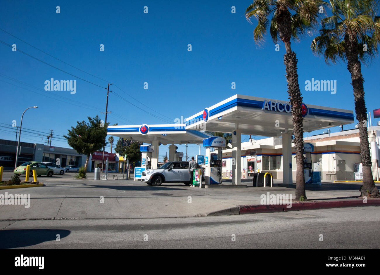 Arco Gas Stations >> Arco Gas Station In Los Angeles Ca Stock Photo 174416873