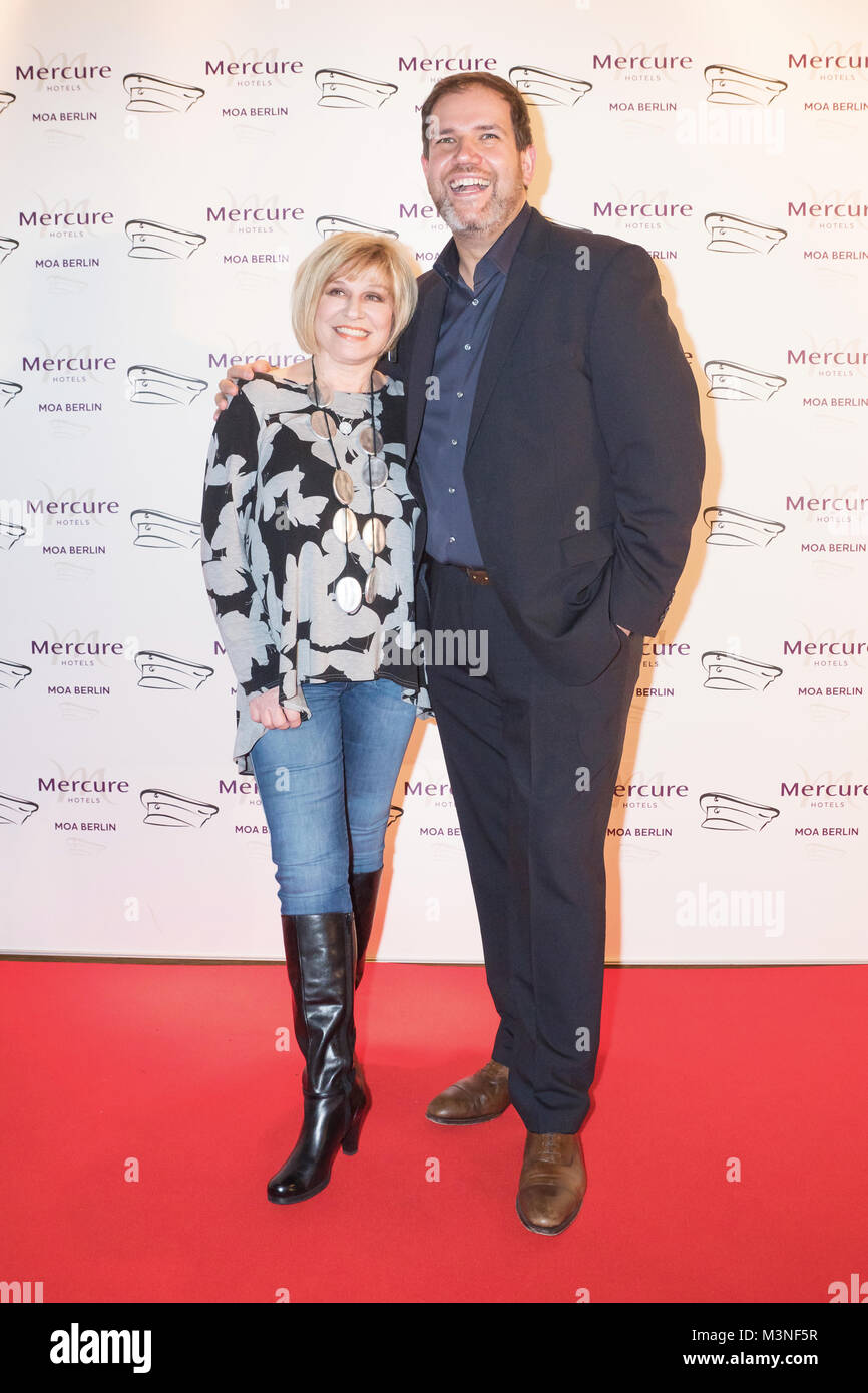 Mary Roos und Wolfgang Trepper beim 6. smago! Awards 2017 im Berliner Mercure Hotel MOA Stock Photo
