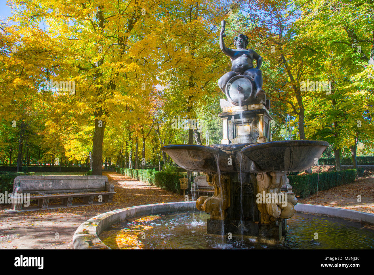 Baco fountain and La Isla gardens in Autumn. Aranjuez, Madrid province, Spain. - Stock Image