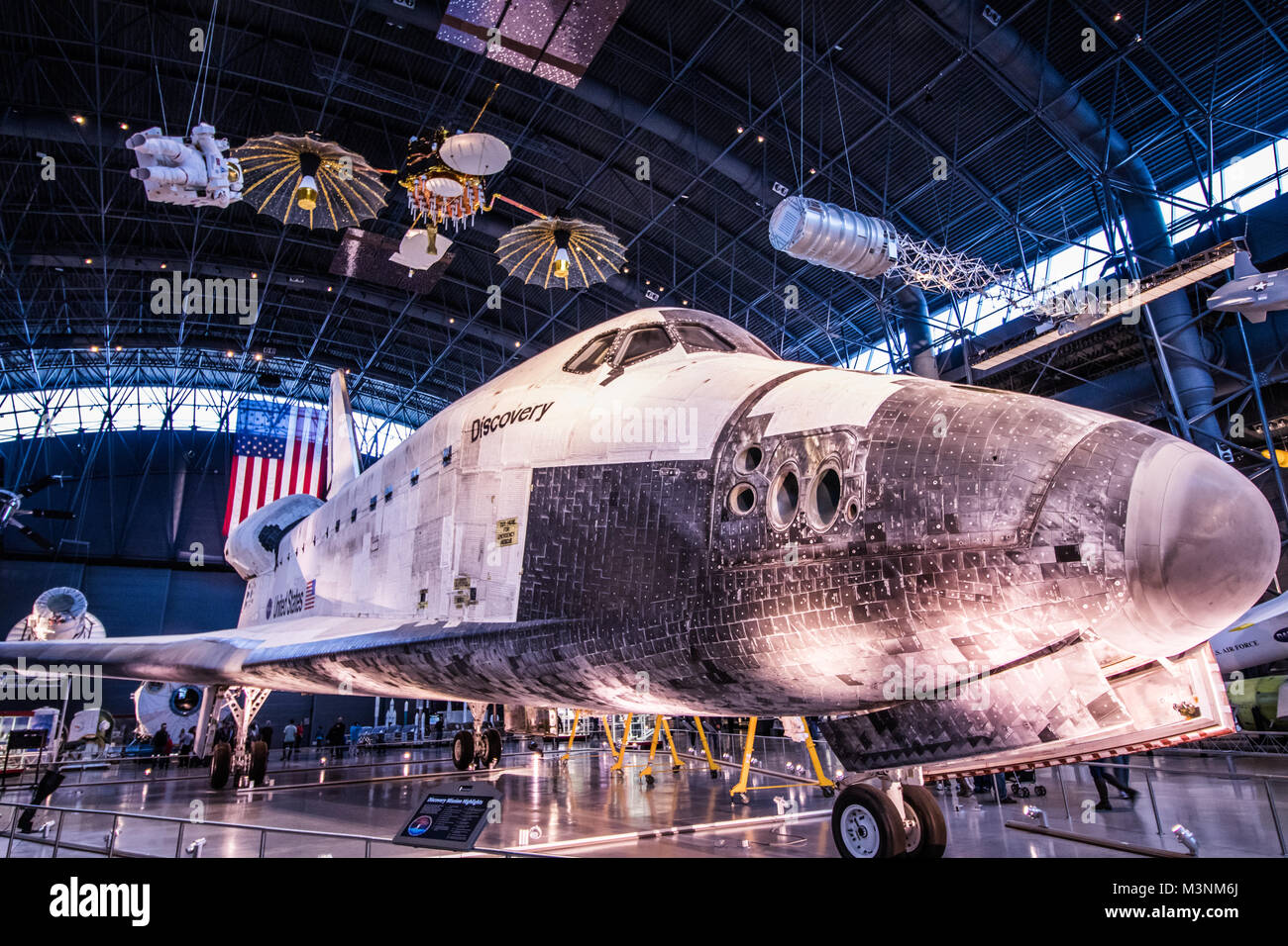 Museo Smithsonian.Discovery Space Shuttle Smithsonian Museum Stock Photo 174424506