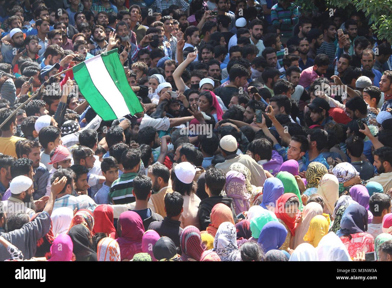 people in slain rebels funeral, Sopore town, Kashmir, India, Asia - Stock Image