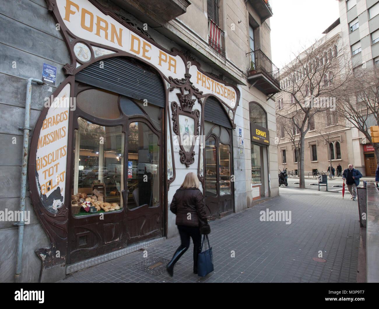 forn sarret, artisan bakery store front, art nouveau facade, barcelona, spain - Stock Image