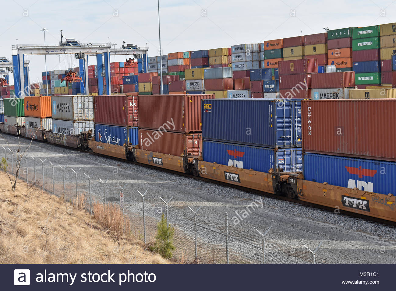 Inland Port Greer (SC / USA) pictured with containers and cranes - Stock Image