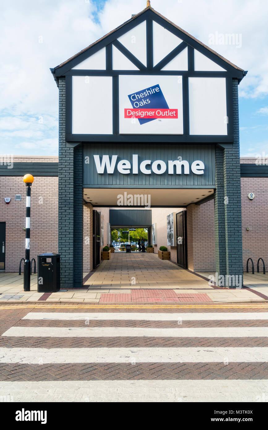 2550a32ec9 Designer Outlet Mall Stock Photos   Designer Outlet Mall Stock ...