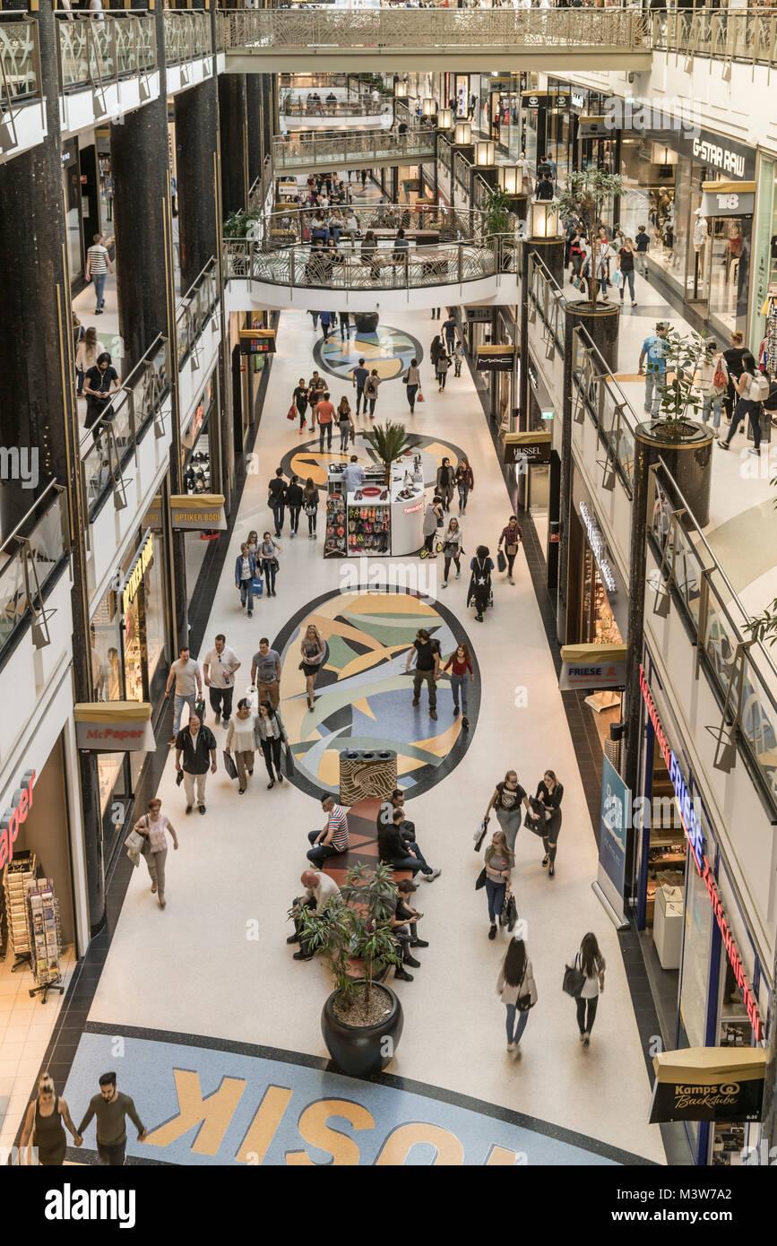 Alexa  shopping center, interieur, Berlin - Stock Image