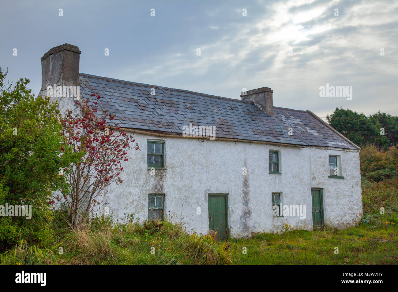 Traditional Irish cottage, Bunbeg, Gweedore, County Donegal, Ireland. - Stock Image